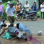 バイクに乗ったまま死んだ息子を実の家族が目の前にしたら・・・