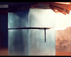 実験動画|サムスンのスマホをプレス機にかけたら潰れるどころか発火炎上しましたw