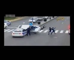 衝撃映像|スピード出し過ぎた車のコントロール効かなくなり歩行者を一気に跳ねていく映像。