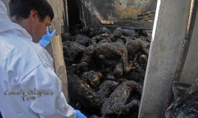 グロ画像|360人の囚人が焼死した刑務所の事故現場