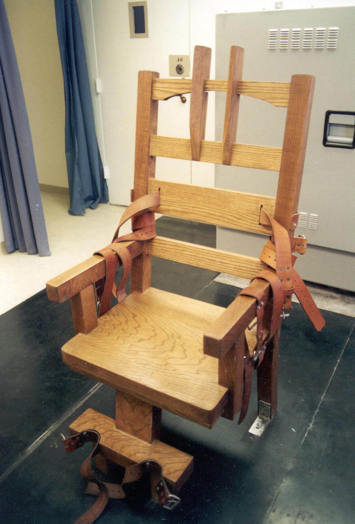 女児レイプ殺人犯の最後…電気椅子で死刑執行されるとこうなる