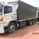 グロ画像|18輪の巨大トラックに轢かれてグッチョグチョな女の子が悲惨すぎる※閲覧注意