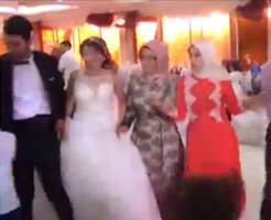 衝撃映像|結婚式中の爆破テロで30人死亡…リア充爆発しろとは言ったけどこれは酷い