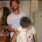 グロ画像|「娘が首吊って死んでいたんだが…」呆然とするお父さんがかわいそう※閲覧注意
