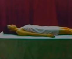 グロ動画|美女の死体を腐らせて72時間放置 魂開放の儀式ってどういうこと???
