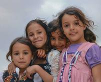 【衝撃】「少女売ってまーす!いかがですかー」10歳の若い娘が犠牲になる深刻な人身売買=イエメン