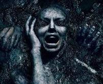 【閲覧注意】男が穴を掘り掘り、傍らで泣く女の子…暴行しながら女の子を生き埋めにする一部始終