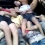 何があった!?10代の女の子たちの死体が大量にトラックで運ばれてる…