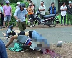 バイクに乗ったまま死んだ息子を実の家族が目の前にいたら…
