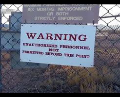 【衝撃】一般人は立入禁止!アメリカ秘密軍基地「エリア51」に侵入したらこうなるw