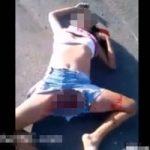 交通事故で死んでしまった少女の裂けた開脚マンコが晒されてしまう・・・