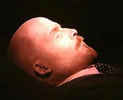 ロシアの遺体保存技術は世界一ィィィィ!エンバーミングされたレーニンの亡骸が眠っているようにしか見えない件