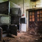 ホラー?それとも芸術?精神病院の廃墟写真が美しすぎる…