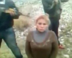 金髪女性を至近距離ヘッドショットで殺害するメキシコ麻薬カルテル