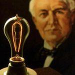 【無修正エログロ動画】エジソン「その発想はなかった」マンコに電球挿入した女の手術映像ww
