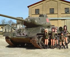 【※画像あり】川底に第二次大戦の遺産が!T34戦車が沈んでたから引き上げてみたw