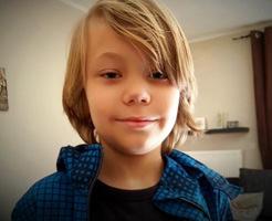【閲覧注意】9歳の子供を58回刺して殺したサイコパスが死体写真をSNSに共有
