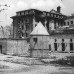【画像】ヒトラーが自殺した爆破解体される前の総統地下壕ギャラリー