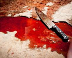 【グロ動画】ナイフが肉をえぐる音、血の流れる音、犠牲者の呼吸が響く斬首映像… ※音声注意