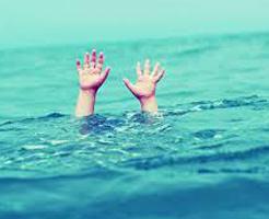 少し目を離した隙に…市民プールに来ていた子供、溺死する