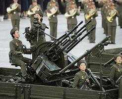 【北朝鮮】飛行機撃ち落とす対空砲で国防長官を撃ち殺す将軍様の無慈悲な処刑スタイル