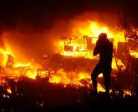【閲覧注意】森林火災の消火にあたっていた消防士、炎にまかれて焼け死ぬまでの記録映像=アルゼンチン
