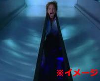 恐怖のエレベーター...突如動き出し足を挟まれ切断される監視カメラ映像