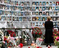 死者386人超 7~18歳の少年少女とその家族1181人が人質になったベスラン学校占拠事件