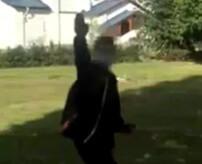 ウクライナ21再来か?少年がホームレスを襲撃、ナイフで串刺しにして殺害する映像をネットにアップ