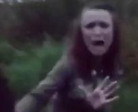 おそロシア…これは殺す勢いじゃね??JKを男3人、スタンガンで脅しながら暴行。他、女のいじめで泥水を飲ませる