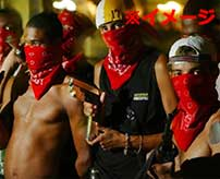 真昼間から集団リンチでメッタ刺し!ブラジルの少年ギャングがヤバすぎる件