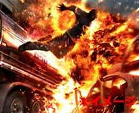 タンクローリーが事故で大爆発!爆炎に包まれて二人死亡…