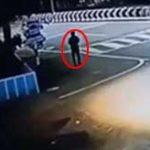 路上で突然自分の身体を勢いよく燃やして炎上自殺してしまった男性…