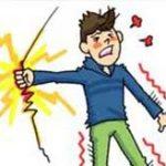 電車の上で動画を回しながら騒ぐ11歳の少年、自分が感電死する瞬間を撮影してしまう…